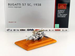 Bugatti 57 SC Motor Aggregat Baujahr 1938 + Vitrine 1:18 CMC