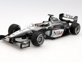 Mika Häkkinen McLaren MP4/15 #1 formula 1 2000 1:18 HotWheels