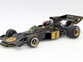 Emerson Fittipaldi Lotus 72E #1 formula 1 1973 with driver figure 1:18 AUTOart