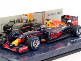 Daniel Ricciardo Red Bull RB12 #3 Brazil GP formula 1 2016 1:43 Minichamps