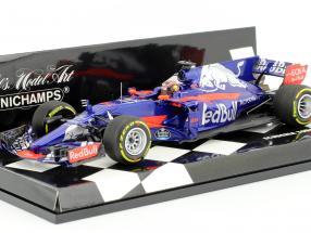 D. Kvyat #26 Scuderia Toro Rosso STR12 Formel 1 2017 1:43 Minichamps