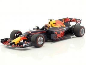 Max Verstappen Red Bull RB13 #33 Winner Malaysia GP Formel 1 2017 1:18 Spark