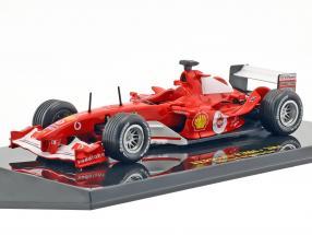 Michael Schumacher Ferrari F2004 #1 Weltmeister F1 2004 mit Vitrine 1:43 Altaya