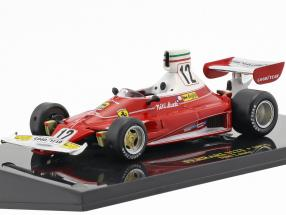 Niki Lauda Ferrari 312T #12 World Champion formula 1 1975 with showcase 1:43 Altaya