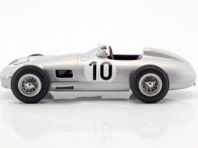 J.M. Fangio Mercedes-Benz W196 #10 2nd British GP World Champion formula 1 1955