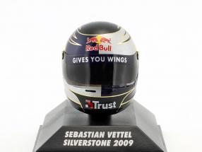 S. Vettel Red Bull GP Silverstone Formel 1 2009 Helm 1:8 Minichamps