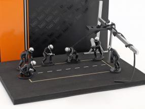 Pit Stop Mechaniker Set mit 6 Figuren und Zubehör schwarz 1:43 Ixo