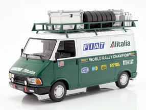 Fiat 242 mit Anhänger Fiat Alitalia Rallye Team Assistance Baujahr 1979 1:18 Ixo