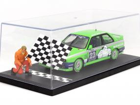 Single collector showcase Start/Finish Line print 1:18 Triple9