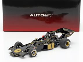 Emerson Fittipaldi Lotus 72E #1 formula 1 1973 with driver figure 1:18 AUTOart