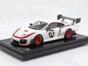 Porsche 935 #70 2018 based on 911 (991 II) GT2 RS With Showcase 1:12 Spark