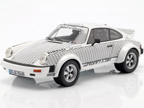 Porsche 911 Walter Röhrl x 911 weiß / schwarz 1:18 Schuco