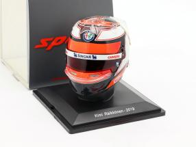 Kimi Räikkönen #7 Alfa Romeo Racing Formel 1 2019 Helm 1:5 Spark