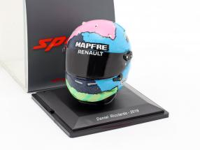 Daniel Ricciardo Renault R.S.19 #3 Formel 1 2019 Helm 1:5  Spark
