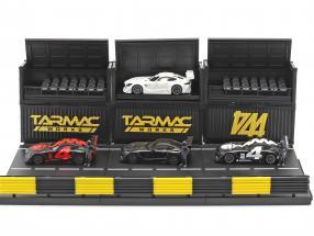 4-Car Set Mercedes-Benz AMG GT3 #4 with Pit lane diorama