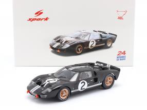 Ford GT40 MK II #2 winner 24h LeMans 1966 McLaren, Amon 1:18 Spark