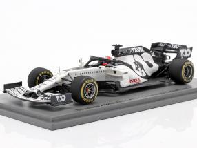Daniil Kvyat Alpha Tauri AT01 #26 test Barcelona formula 1 2020 1:43 Spark