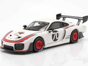 Porsche 935/19 #70 based on 911 (991 II) GT2 RS 1:18 Minichamps