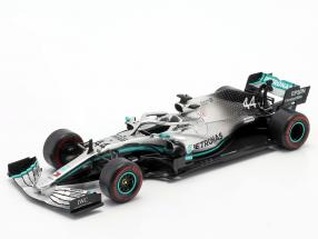L. Hamilton Mercedes-AMG F1 W10 #44 F1 World Champion 2019 1:24 Premium Collectibles