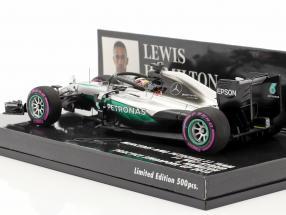 L. Hamilton Mercedes F1 W07 Hybrid #44 Halo Testing Singapore GP F1 2016