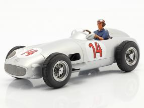 Set: S. Moss Mercedes-Benz W196 #14 formula 1 1955 with driver figure blue shirt 1:18 iScale