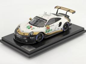 Porsche 911 RSR #91 world champion 24h LeMans 2019 with showcase