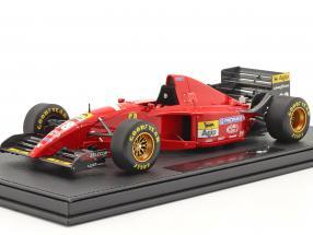 Gerhard Berger Ferrari 412T2 #28 Formel 1 1995 mit Vitrine 1:18 GP Replicas