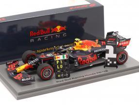 S. Perez Red Bull Racing RB16B #11 Winner Azerbaijan GP formula 1 2021 1:43 Spark