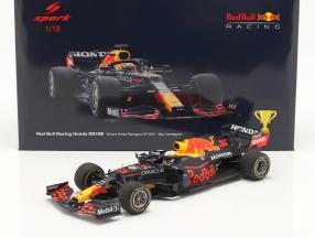 M. Verstappen Red Bull Racing RB16B #33 Winner Emilia-Romagna GP F1 2021 1:18 Spark