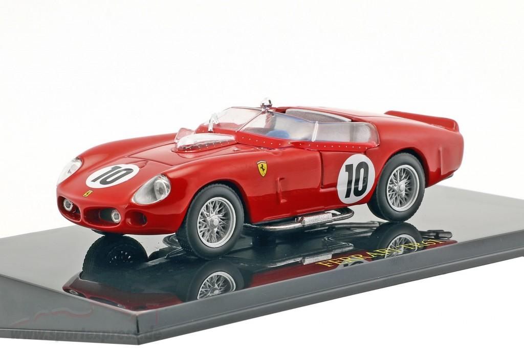 Ferrari TR61 #10 Winner LeMans 1961 with showcase  Ixo