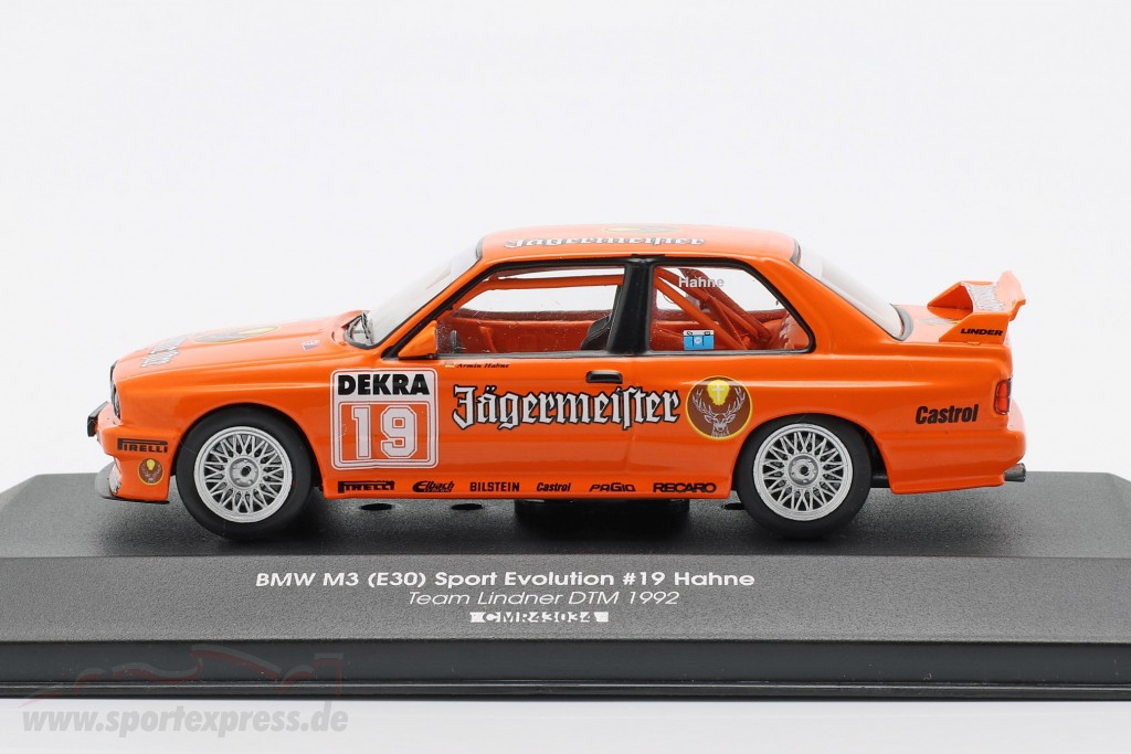 Porsche 956 K #2 winner 1000km Fuji 1983 Bellof Bell 1:43 cmr