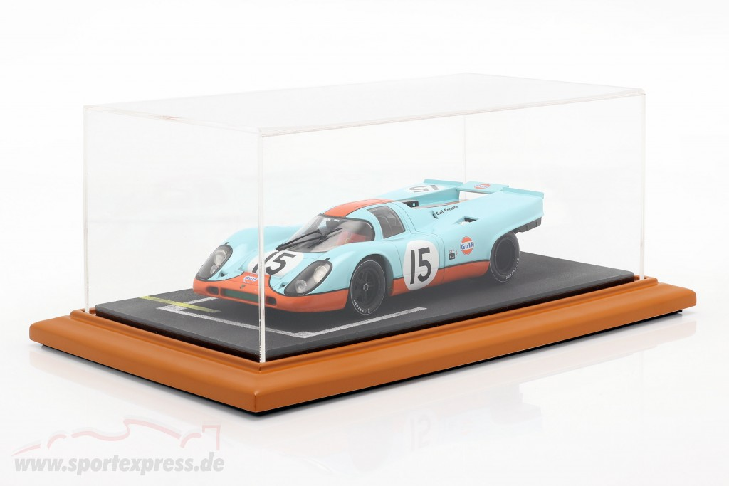 High quality acrylic Showcase with diorama baseplate starting grid
