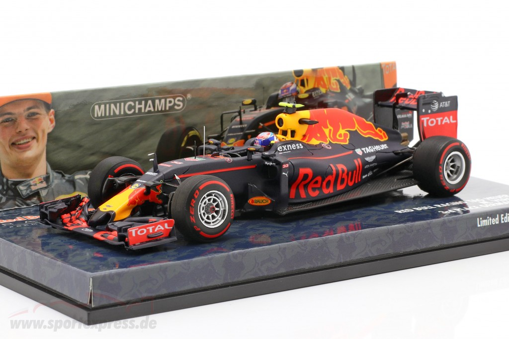 Max Verstappen Red Bull RB12 #33 3rd Germany GP formula 1 2016