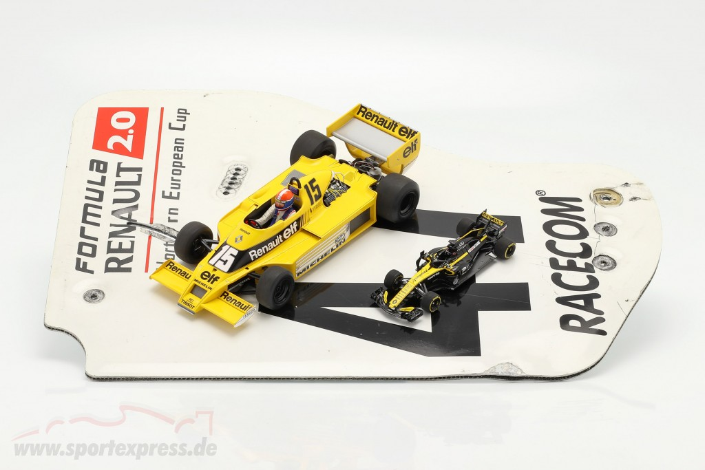 Original rear wing end plate #47 formula Renault 2.0 / ca. 36 x 47 cm